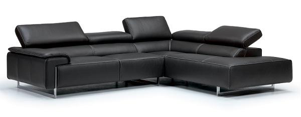 - Les partenaires Triki et IDP-BRIANFORM inaugurent-à la Soukra-leur 1er showroom de meubles italiens haut de gamme 12