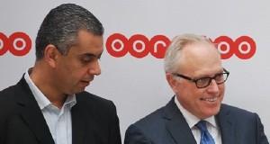De G à D -Kenneth Campbell-DG Ooredoo Tunisie -Houssem Abbassi-Directeur Marketing-600