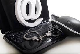 - États-Unis-1 milliard d'adresses mails volées qui ont généré 2 millions de dollars de gains-2 pirates inculpés-b