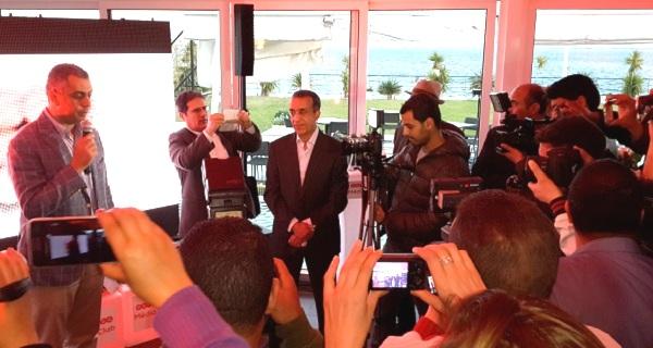 - Inauguration de l'Ooredoo Média Club qui rendit un hommage émouvant au grand photographe de presse Habib HMIMA