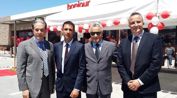 - Abderrahim Zouari-. Mathieu Langeron-Total Tunisie inaugure sa nouvelle station-Les Jardins du Lac - 2