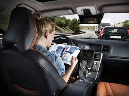 - En 6 ans-les Voitures autonomes Google ont parcouru 2 millions 74 de km et fait 11 - caccidents