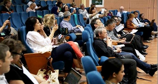- Poursuite des travaux du Forum Mondial sur  la Démocratie Directe moderne-Tunis 2015 - 3