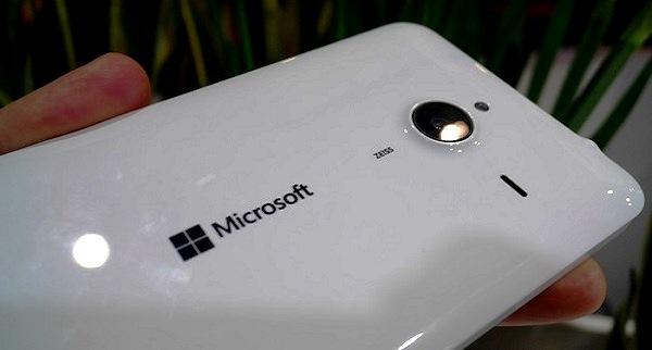 - Microsoft Lumia 640 XL-un smatphone 4G puissant et conviviale-qui intègre les services Microsoft Office 36-2