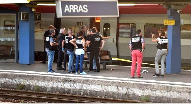 - France-2-militaires-américains-évitent-un-carnage-train-Thalys-Amsterdam-Paris-04-tt660