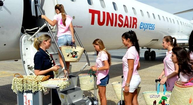 - Tunisair-express-partie-prenante-de-l'opération-Miss Portugal-et-ce-en-soutien-au-tourisme-02