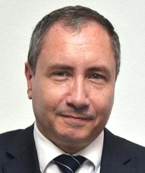 - Didier-Charvet-Directeur-Généra-d'Orange-Tunisie-300