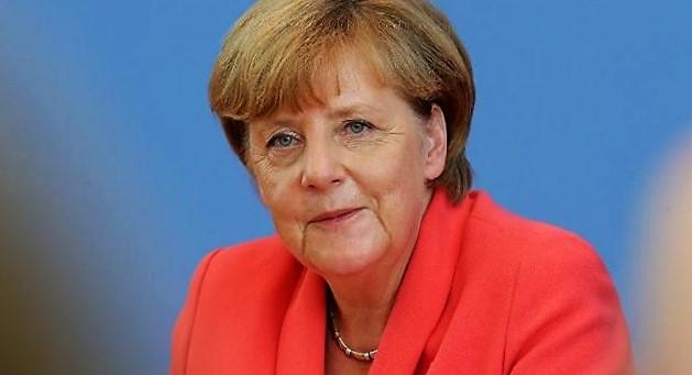 - Forbes-top-100-des-femmes-les-plus-puissantes-du monde en-2015-Merkel-et Clinton-en-haut du-podium-2