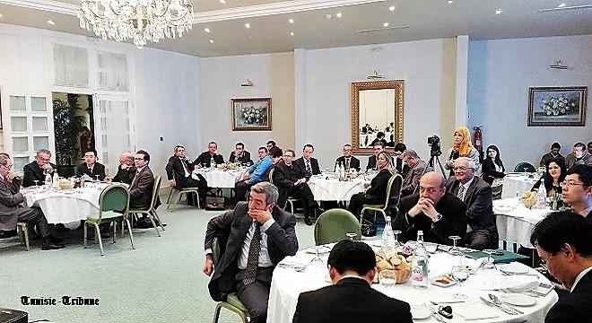 - La-CONECT-met-en débat-la-Coopération-Tuniso-Chinoise-un-état-des-lieux-amer-et-des-perspectives-mirobolantes-02