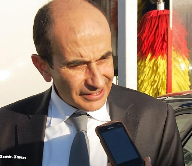 - Mohamed-Chaabouni-Vivo-Energy-La-station-Shell-La-Marsa-fait-peau-neuve