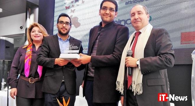 - Orange-Tunisie-décerne-à-Wala-Kasmi-&-Marwen-Zmerli-le-Prix-de-l'Entrepreneur-Social-Innovant-Tunisien-04b