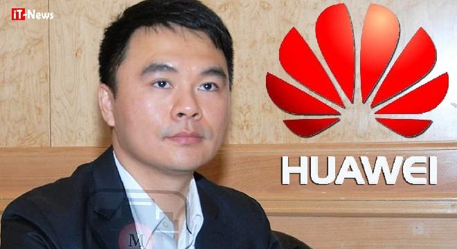 - kalvin-Yung-Huawei-lance-le-Club-Media-Huawei-en-défiant-de-front-la-concurrence-Huawei-Mate-8-aab