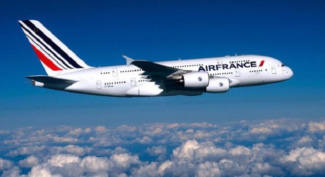 - Air-France-grève-des-hôtesses-et-stewards-du-27-juillet-au-2 août- 30000-passagers-affectés-0