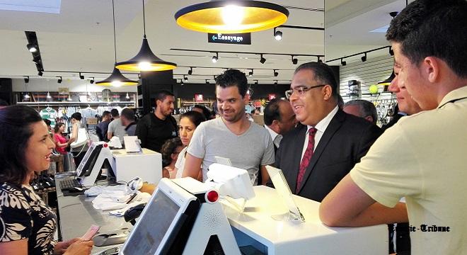- Tunisia-Mall-Mohsen-Hassen-donne-le-coup-d'envoi-du-Tunisia-Shopping-Festival-Soldes-d'été-3