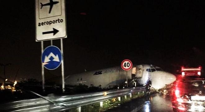 - Italie-surprenante-sortie-de-piste-d'un-avion-cargo-ASL-Airlines-3