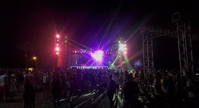 djerba-fest-2016-le-festival-de-la-musique-electronique-vient-de-fait-vibrer-lile-de-reves-0b