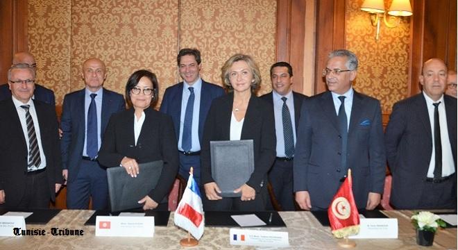 """Résultat de recherche d'images pour """"Tunisie-France : Accord de coopération décentralisée entre le Grand Tunis et l'Ile-de-France"""""""