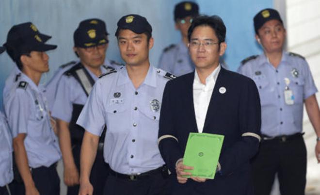 Le vice-président et héritier écope de 5 ans de prison — Samsung