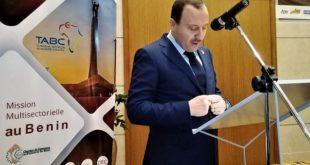 Bassem Loukil se réjouit de la ligne directe Tunis-Cotonou assurée par Tunisair, un des fleurons de l'économie tunisienne »