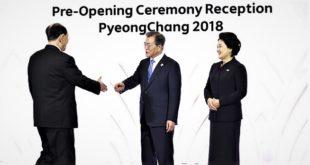 Jeux Olympiques d'hiver 2018 (Pyeongchang) : Poignée de main historique entre les chefs d'État des deux Corées