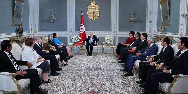 La commission des Libertés individuelles et de l'Egalité remet au Président Caied Essebsi son Rapport final