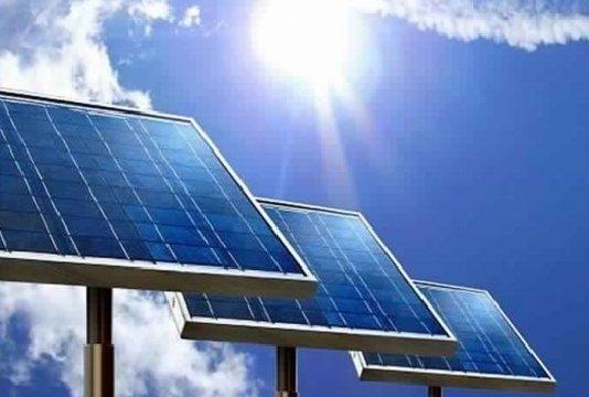 Les difficultés de financement et la bureaucratie entravent la réalisation de projets d'énergie renouvelable en Tunisie
