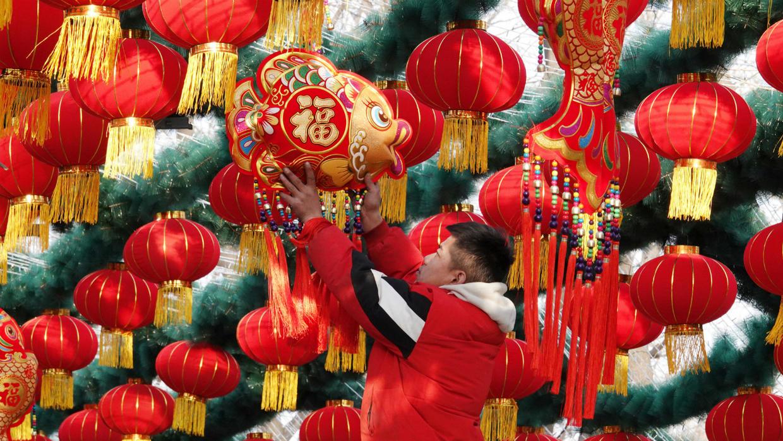 Coronavirus de Chine: le Nouvel An lunaire maîtrisé alors que l'épidémie se propage