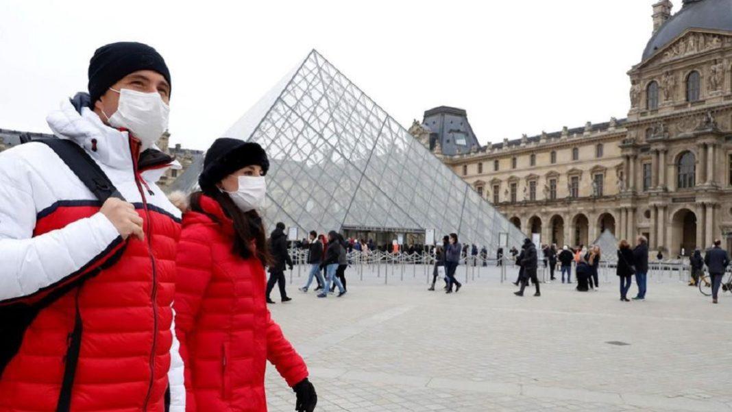 Coronavirus, Louvre fermé à Paris, 12 autres positifs en Grande-Bretagne
