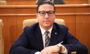 Hichem Ajbouni : Un dialogue national ne peut avoir pour fondement un décret présidentiel