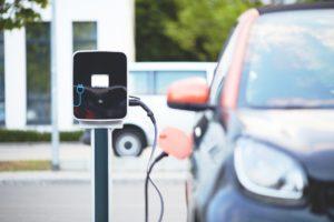 Les voitures électriques coûteront bientôt moins cher que les thermiques