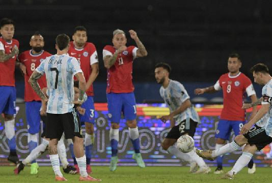 Copa America : L'Argentine manque son entrée en lice face au Chili