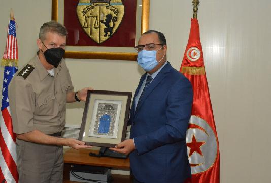 Le chef de la Garde nationale américaine reçu par Mechichi