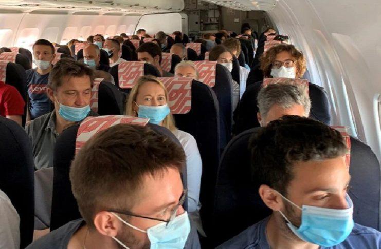 Incivilité & incidents en vol : le port du masque en serait la première cause, selon les hôtesses de l'air et stewards