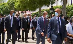 Kais Saïed se rend à l'Avenue Habib Bourguiba