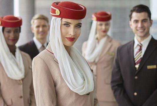 Emirates va recruter 3 000 membres d'équipage et 500 agents des services aéroportuaires