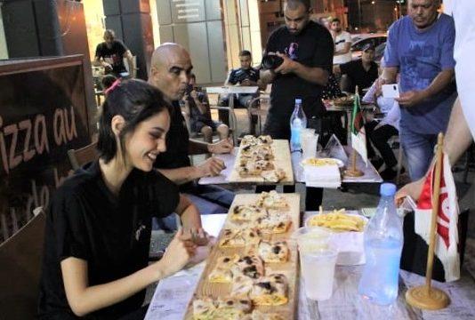 KAVALounge : une Tunisienne face à un Algérien en finale du Concours du plus gros mangeur de Pizza (photos)